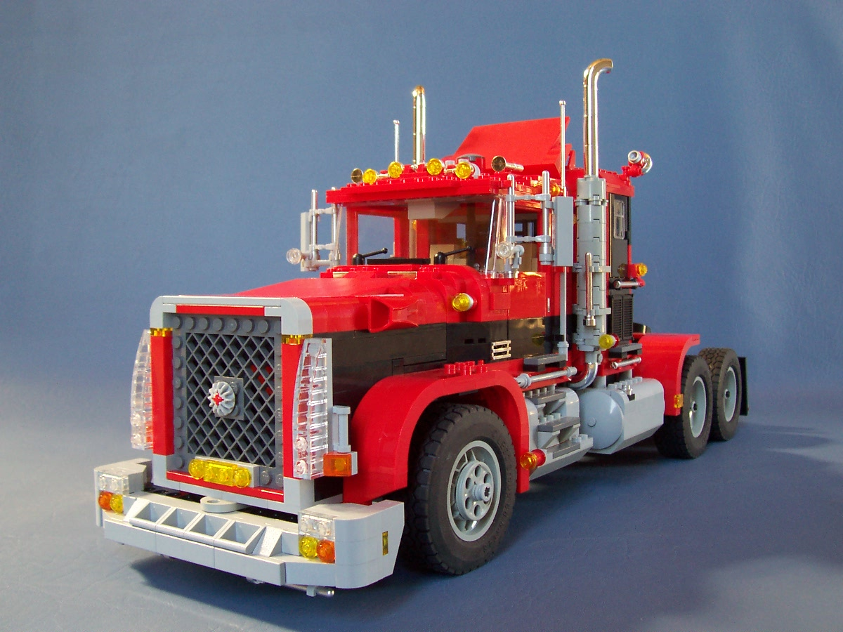 241006_big_red_black_rig_truck_092.jpg