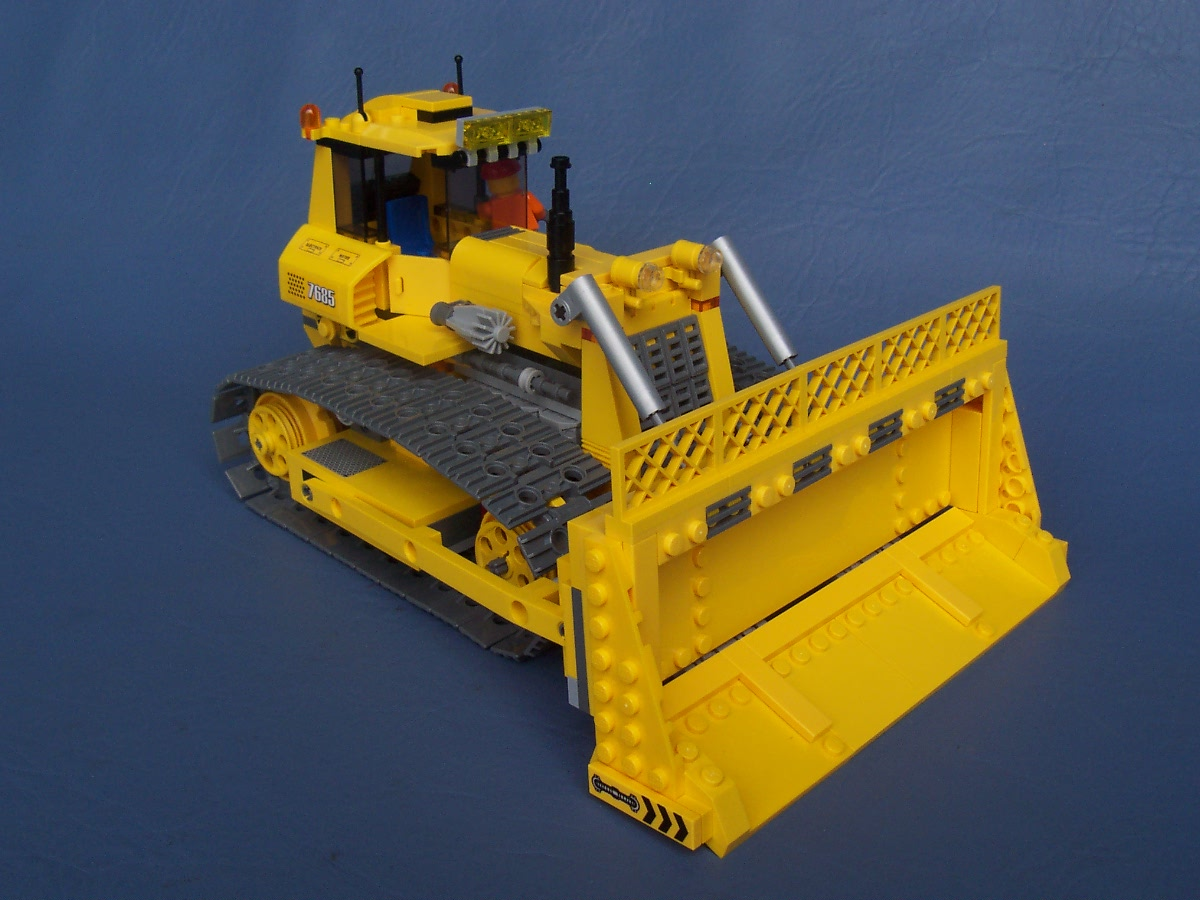 city_bulldozer_010.jpg