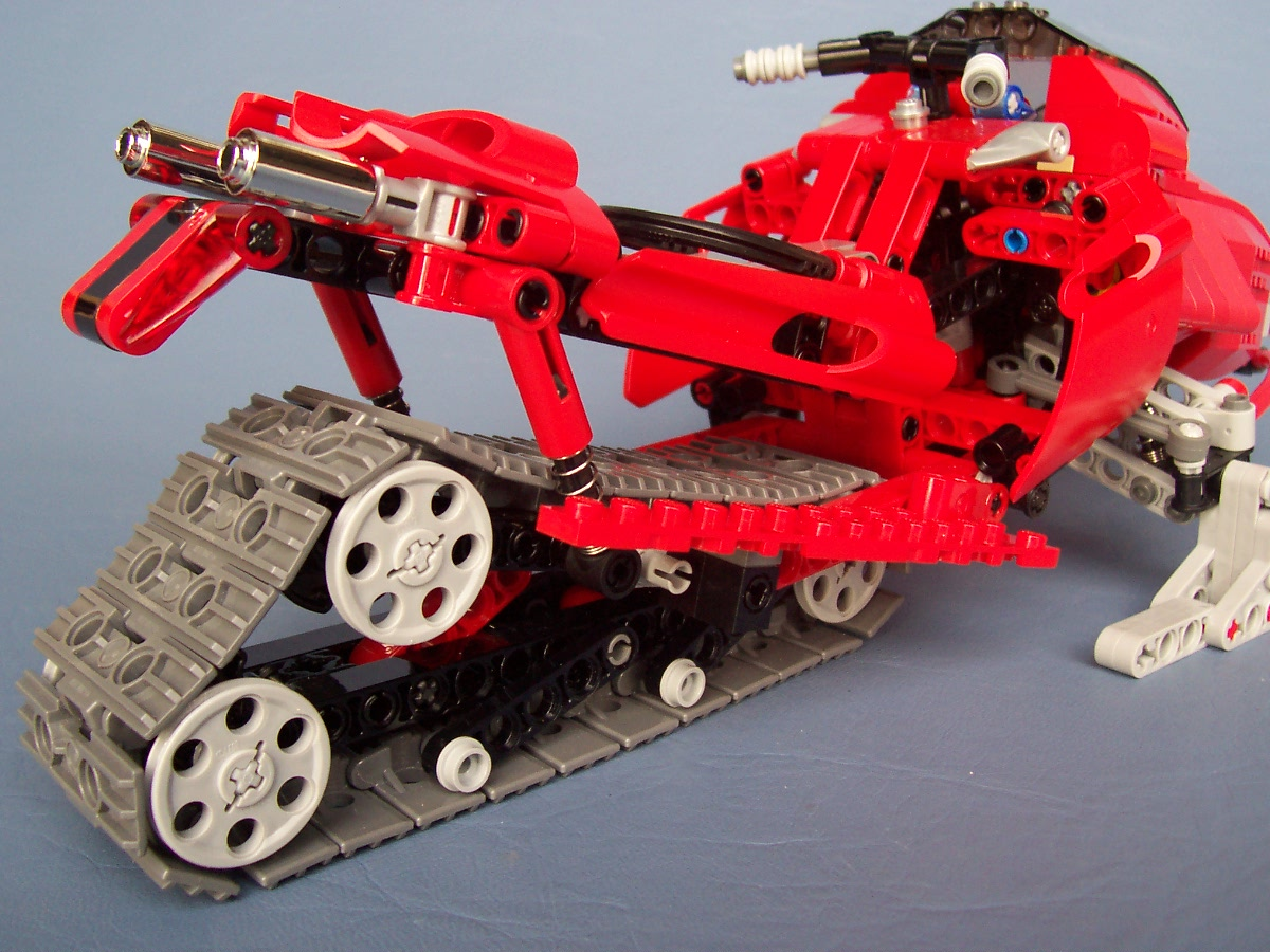 8272-snowmobile-modified-lego-008_002.jpg