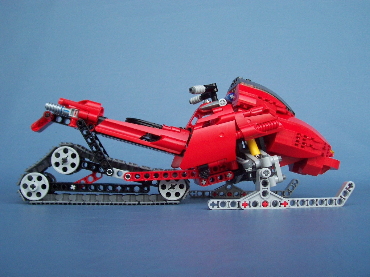 8272-snowmobile-modified-lego_006.jpg