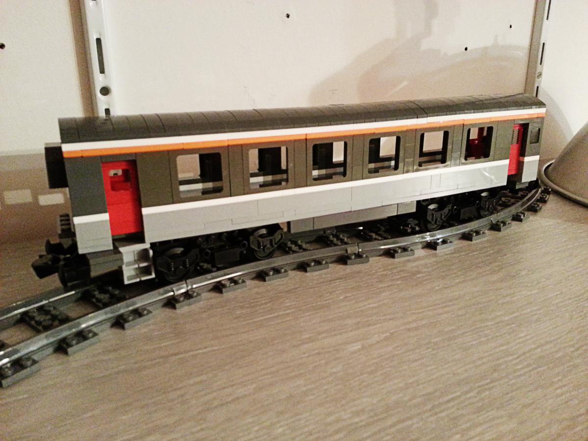 legotrein forum legotrain forum onderwerp bekijken sncf intercity corail passenger car. Black Bedroom Furniture Sets. Home Design Ideas
