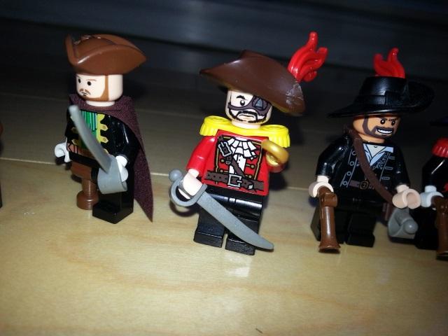 pirate_figbarf_7.jpg