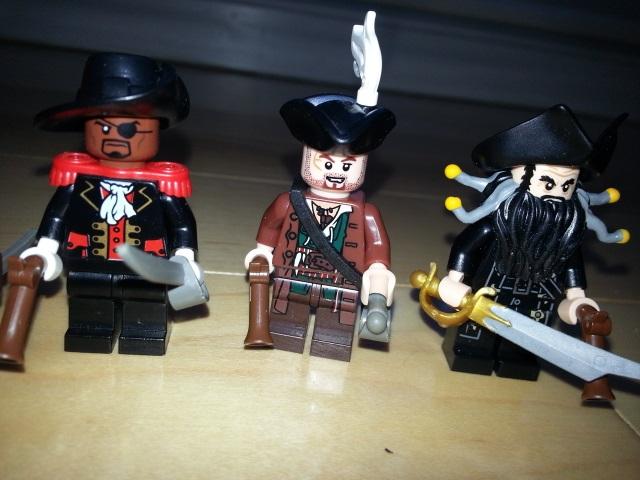 pirate_figbarf_8.jpg