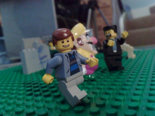 http://www.brickshelf.com/gallery/Zoot101/Minifigures/sigfigsmall.jpg