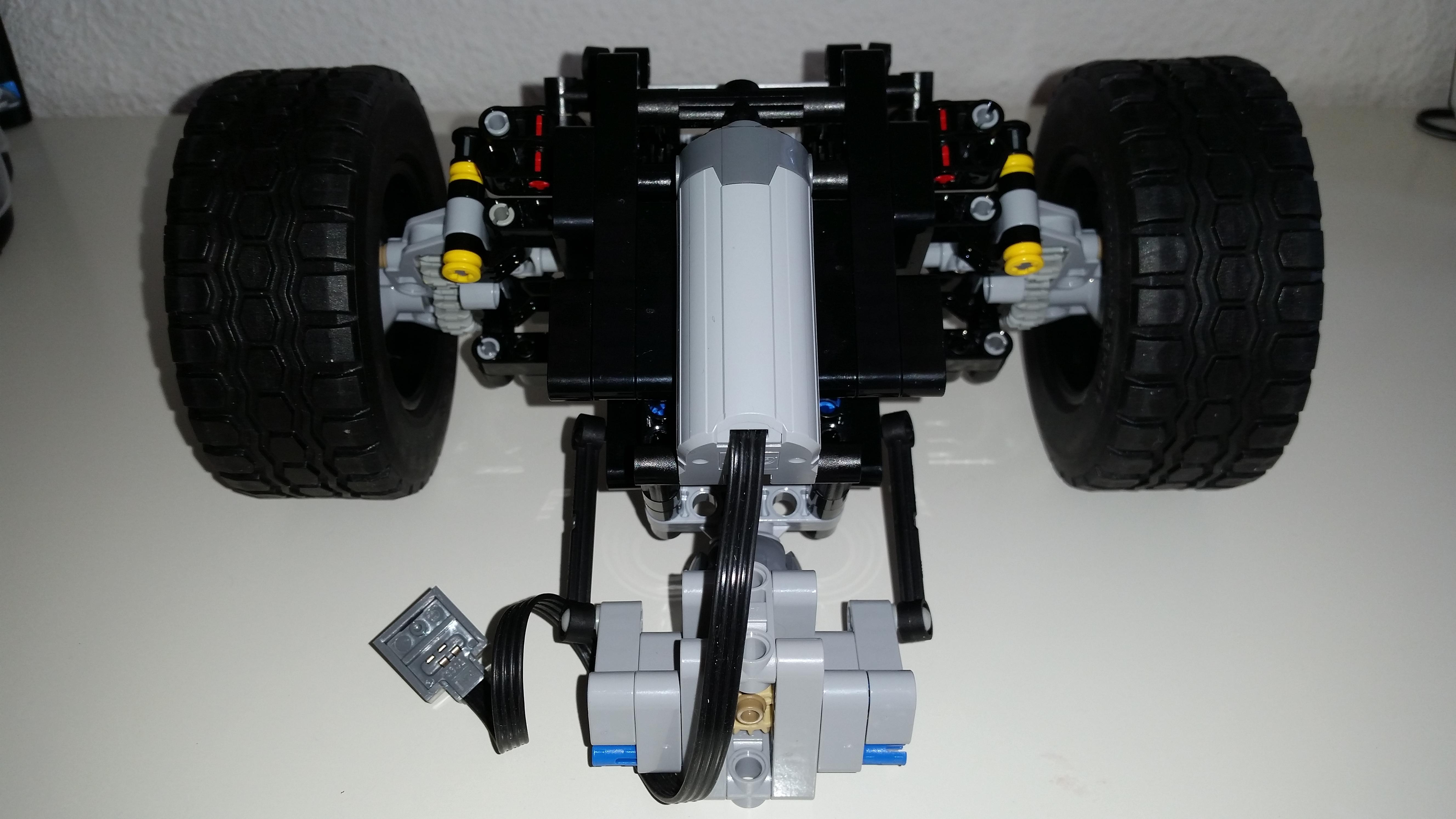 moc airport crash tender page 5 lego technic and model team eurobricks forums. Black Bedroom Furniture Sets. Home Design Ideas