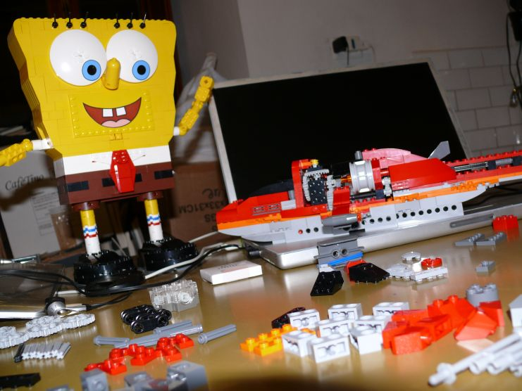 LEGO Helicopter 4895: almost finished (Spongebob is happy!)
