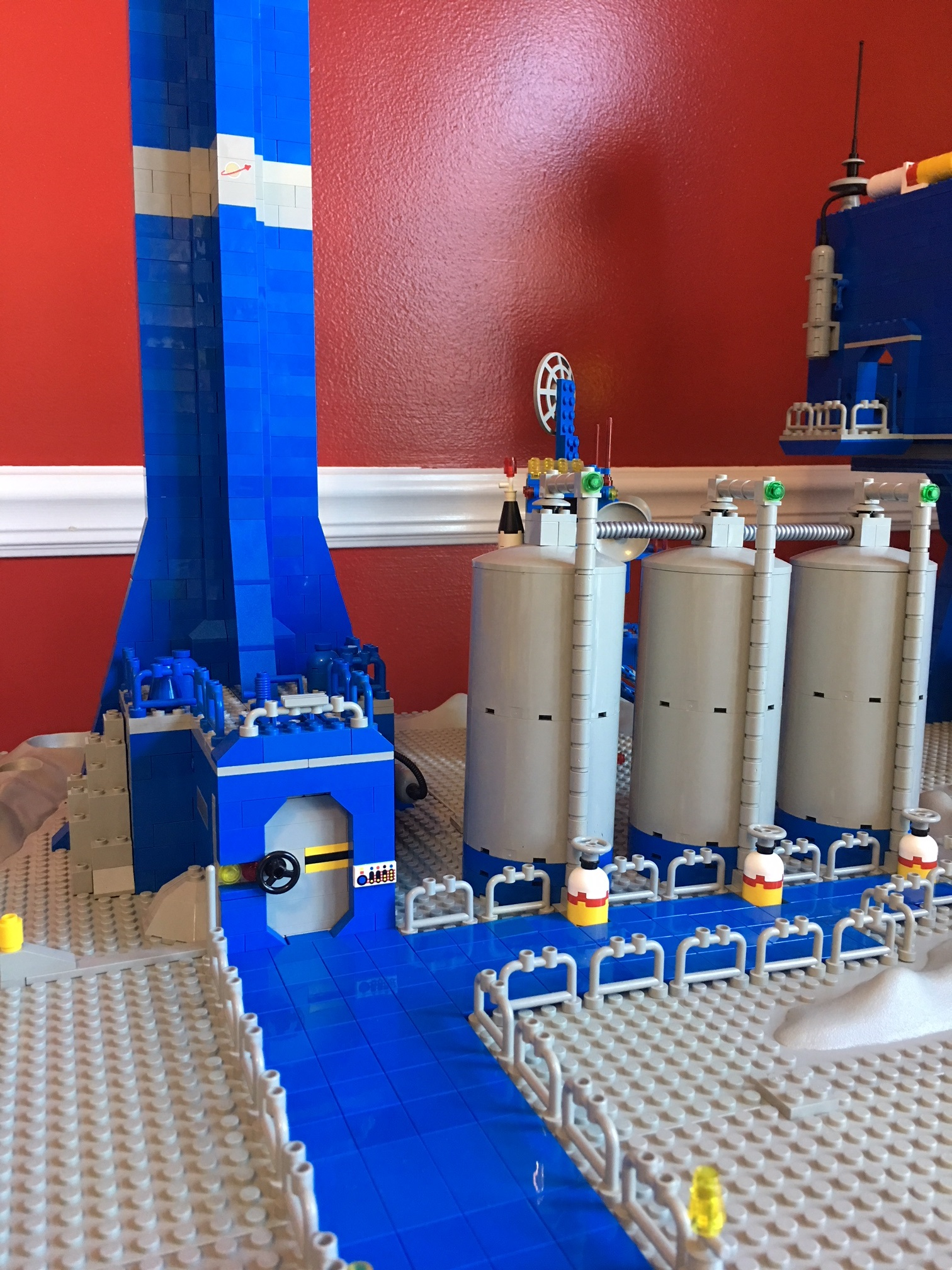 blue_tower_base_1.jpg
