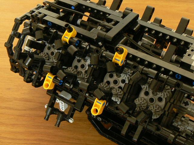 Как сделать лего мотор для 325