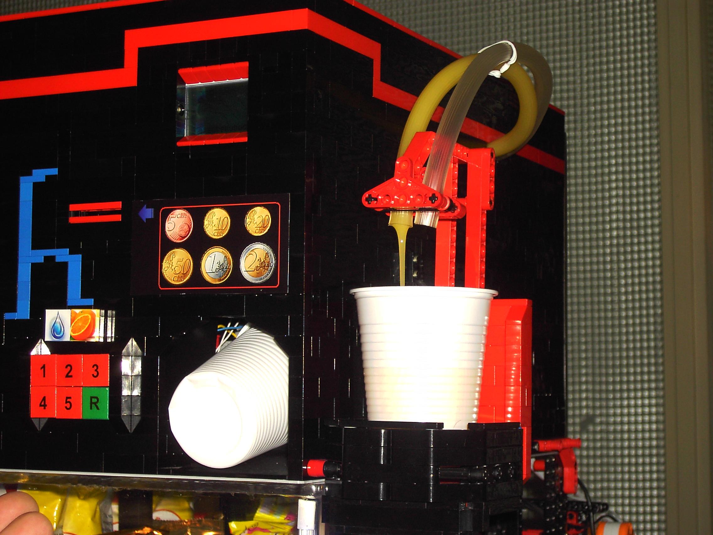 Technicbricks Week Techvideo 2009 01 Vending Machine