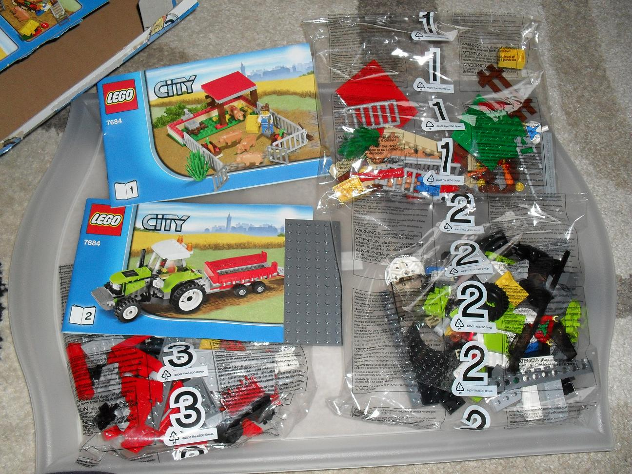Review 7684 Pig Farm And Tractor Lego Town Eurobricks Forums