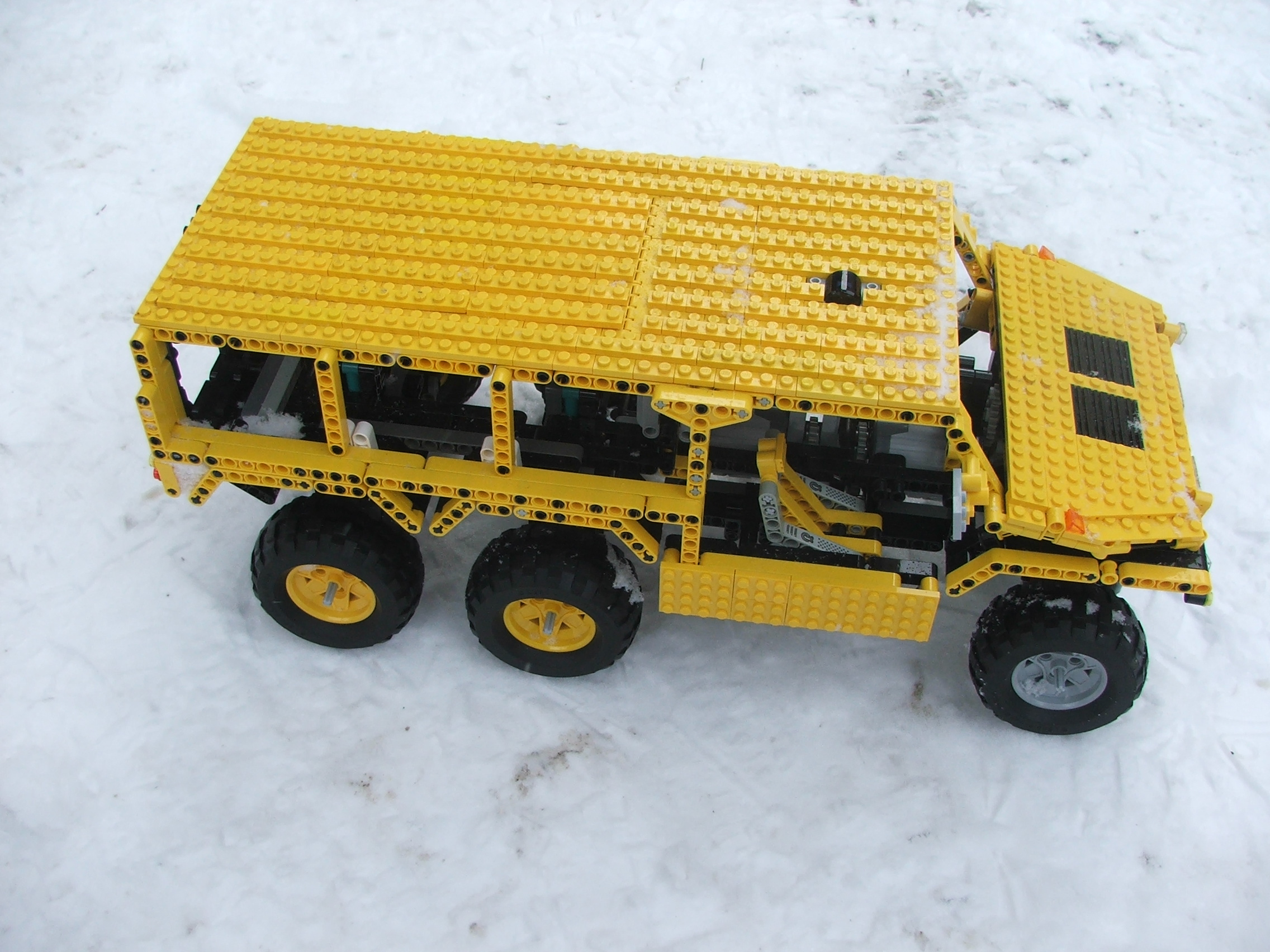 the_hungarian_lego_hummer_008.jpg