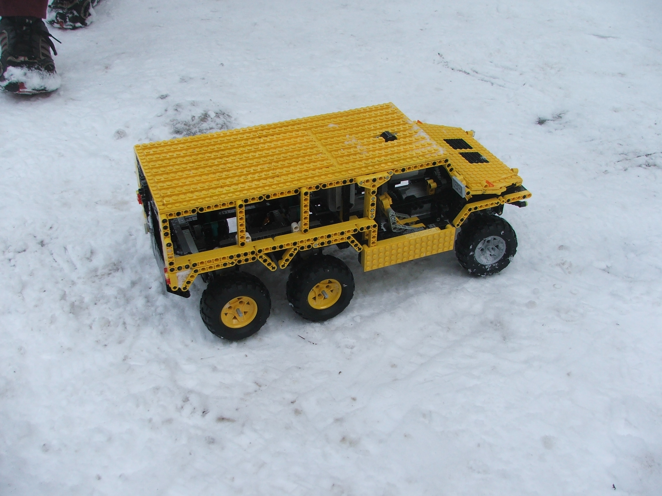 the_hungarian_lego_hummer_009.jpg