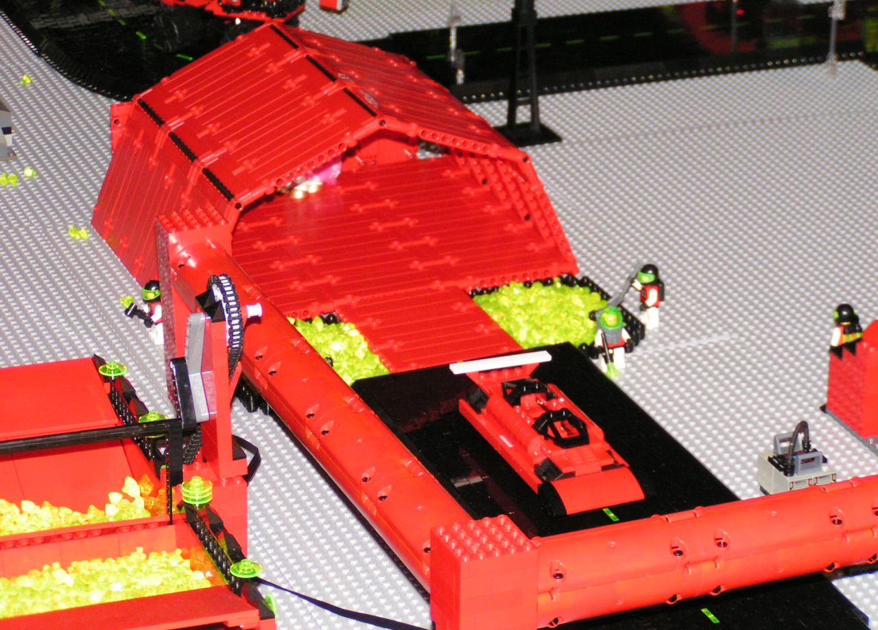 red_hangar_bay_by_crystal_pits.jpg