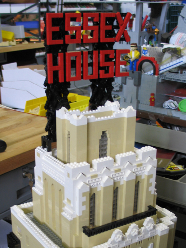 lego_jumeirah_essex_house_03.jpg