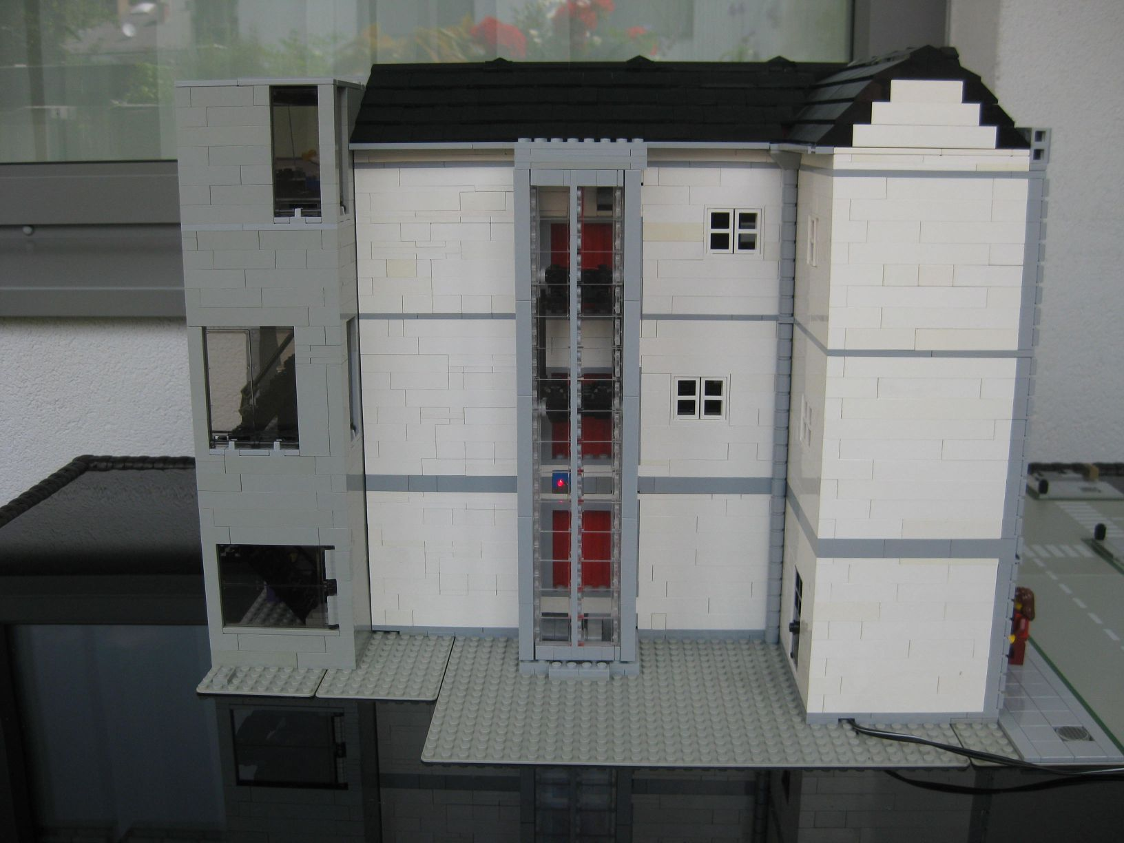 Brickshelf Gallery Elevator House