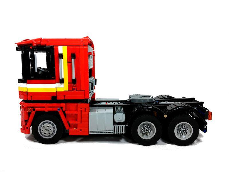 MOC] Three Axle Truck - LEGO Technic and Model Team