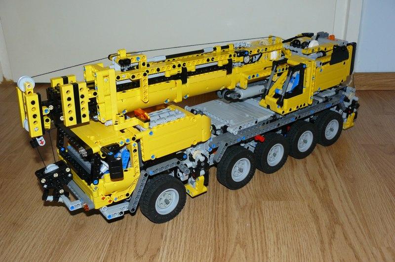 lego technic 42009 mobil crane mk2 evo1 replica by. Black Bedroom Furniture Sets. Home Design Ideas