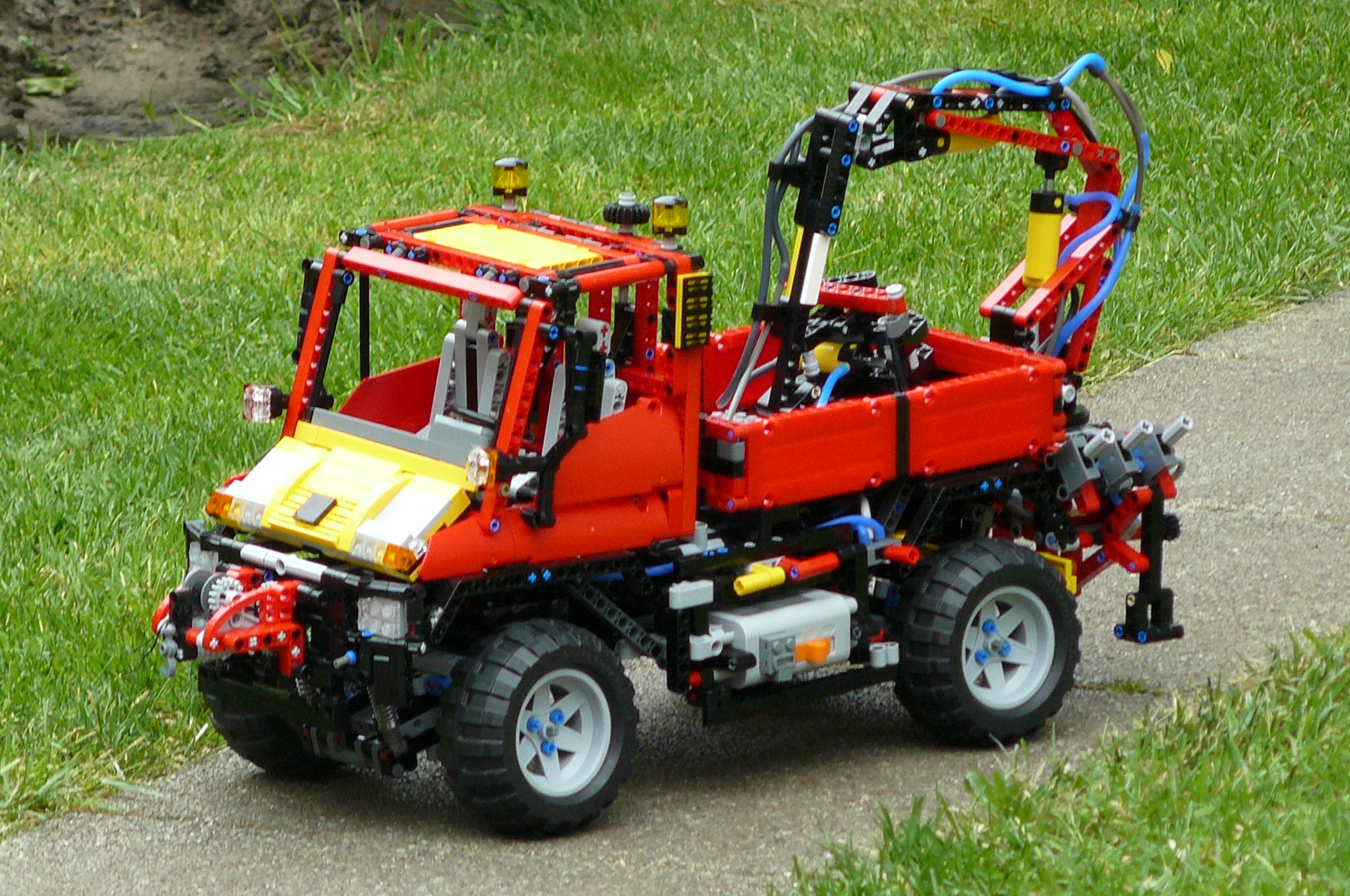 attachments for the unimog 8110 lego technic mindstorms. Black Bedroom Furniture Sets. Home Design Ideas
