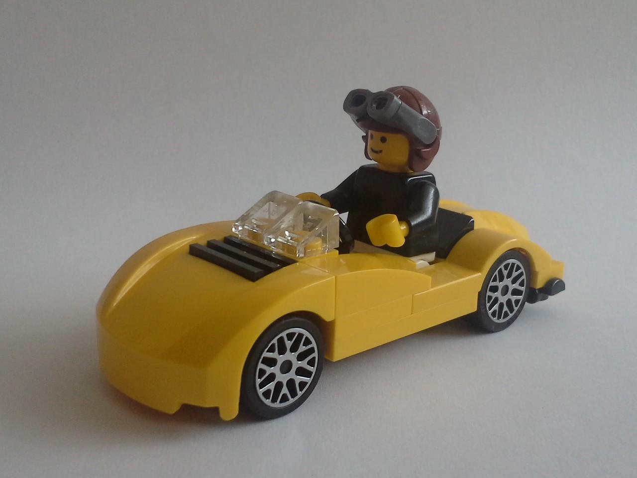 Long live the 4-stud wide [MOC] - LEGO Town - Eurobricks Forums