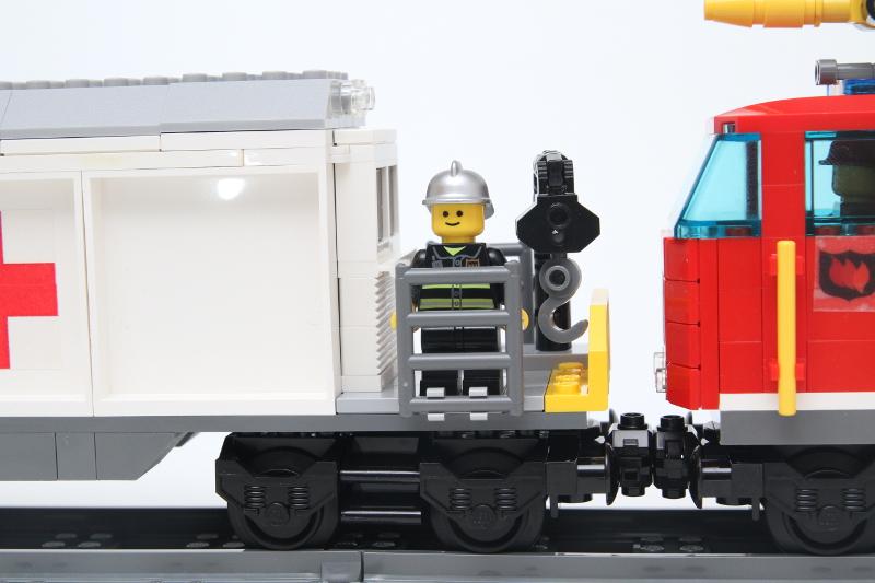 rescuetrain4.jpg