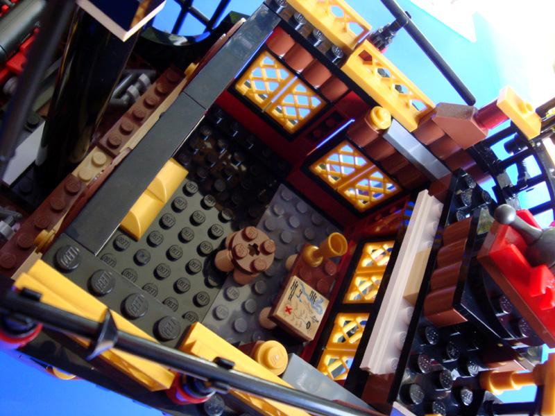 f-reardeck-inside.jpg