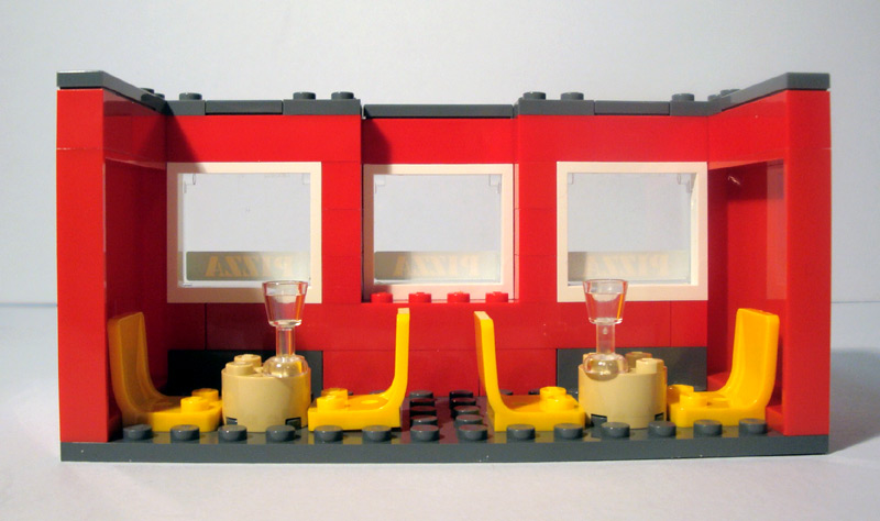 l-2redhouse-middlefloorinside.jpg