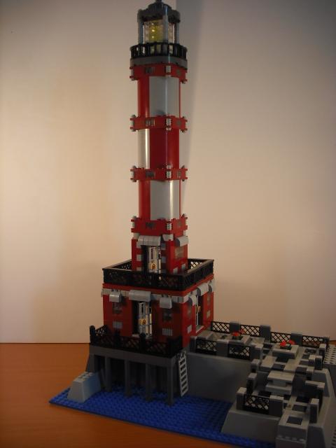 lighthouse_harborside.jpg