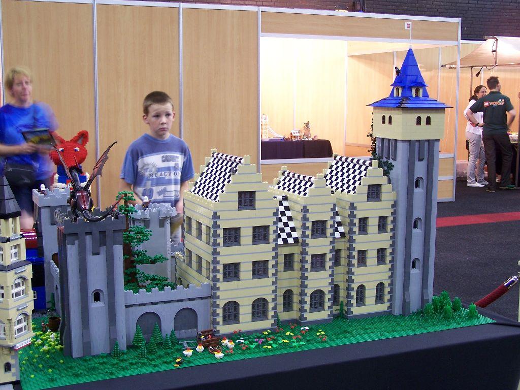 mb-castle-2.1-038-at-event.jpg
