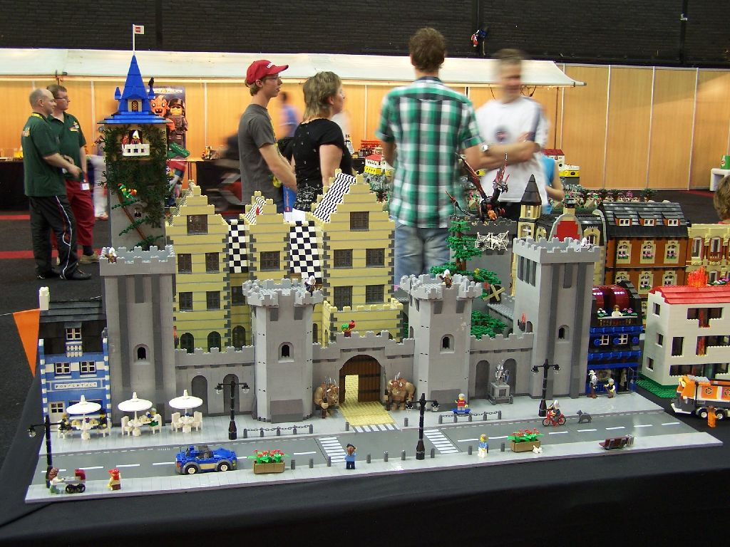 mb-castle-2.1-043-at-event.jpg