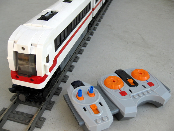 Moc Power Functions Commuter Train With Automatic Sliding