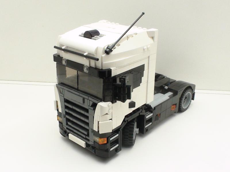 Model Team Scania R340 In Scale 125 With Building Instructions