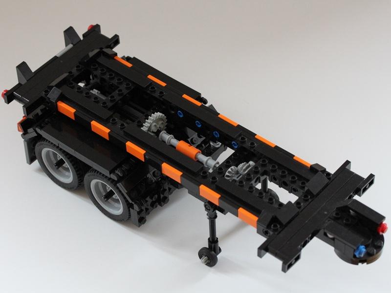 3trailer_1.jpg