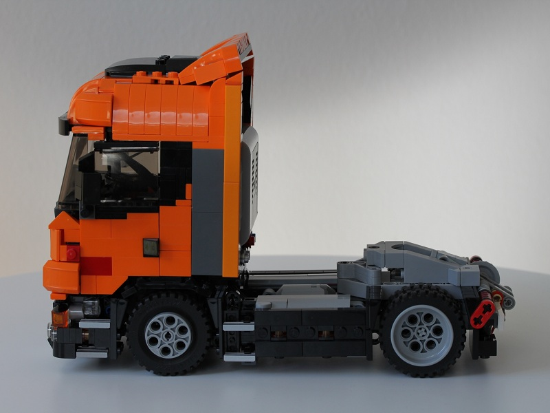 scania_prototype1side.jpg