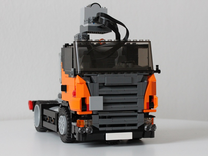 scania_revision2_front.jpg