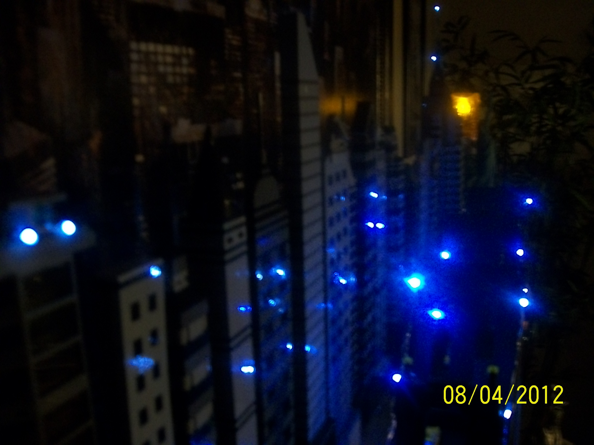 lego_skyline_night_time_210.jpg