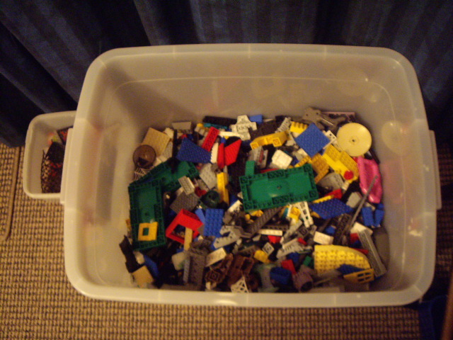 tub_of_lego.jpg