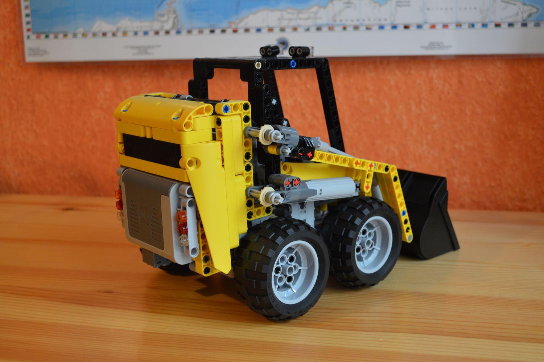 Lego Technic Bobcat >> [MOC] Skid Steer Loader - LEGO Technic, Mindstorms & Model Team - Eurobricks Forums