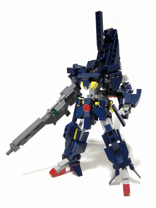 The transforming mecha of Izzo   The Brothers Brick   The