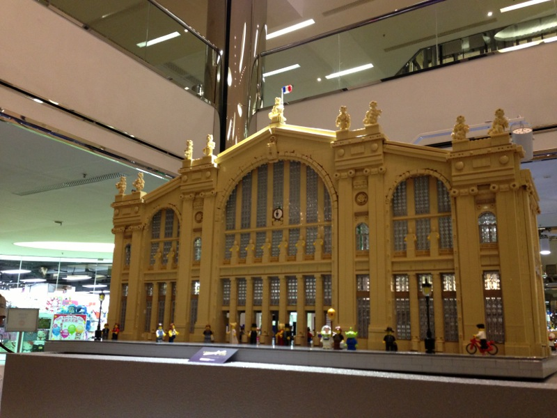 MOC: Gare du Nord, Paris - LEGO Train Tech - Eurobricks Forums