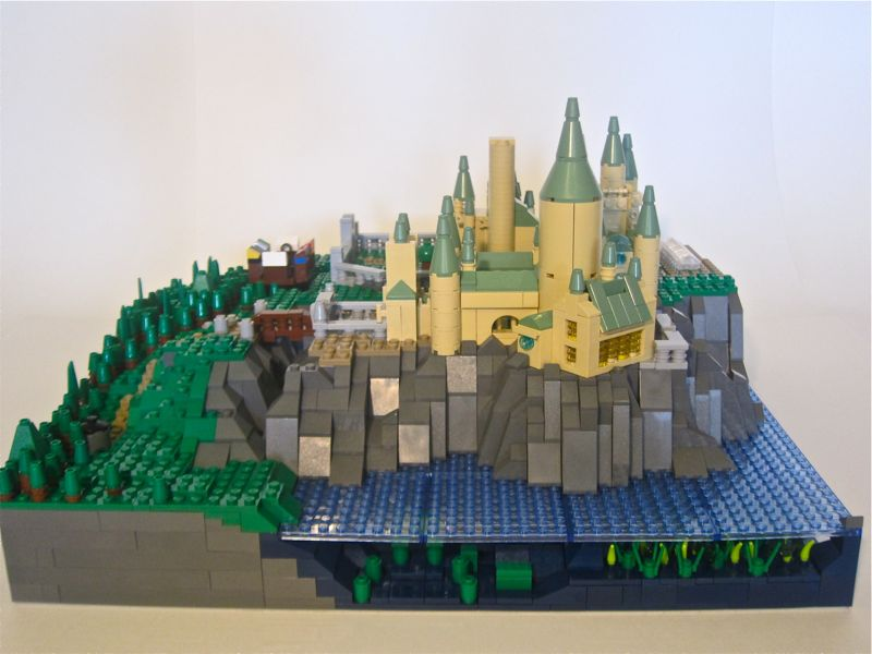 35_hogwarts_from_the_west.jpg