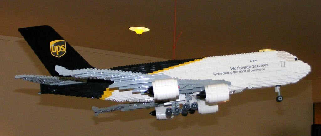 Boeing UPS