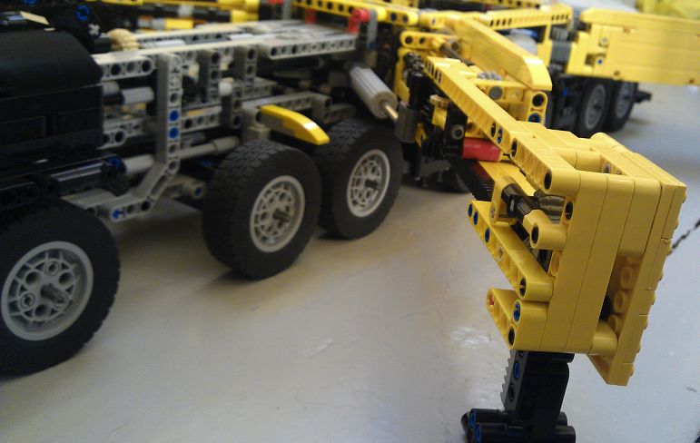 Mobile Crane Lattice Boom Lego Technic Mindstorms