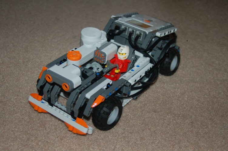 Friends' first NXT design | The NXT STEP is EV3 - LEGO® MINDSTORMS® Blog