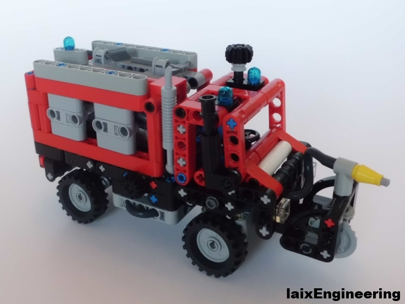 mini_unimog_fire_brigade_02_small.jpg
