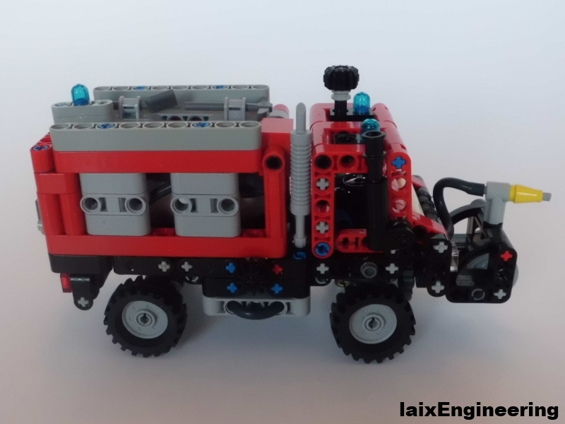 mini_unimog_fire_brigade_04_small.jpg