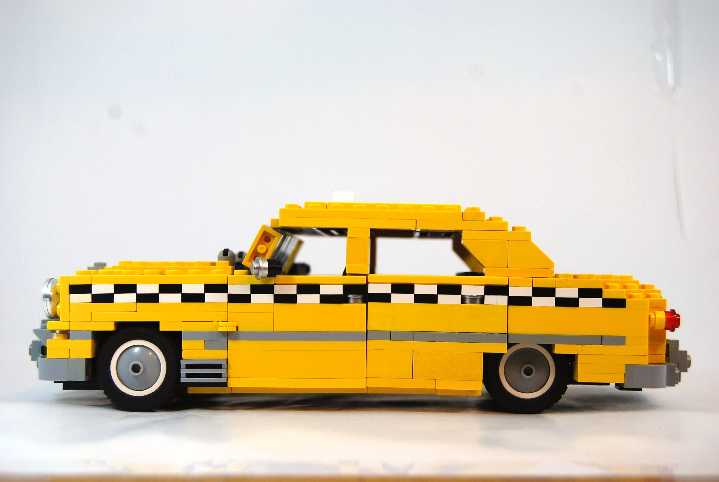 1949_ford_fordor_taxi_04.jpg