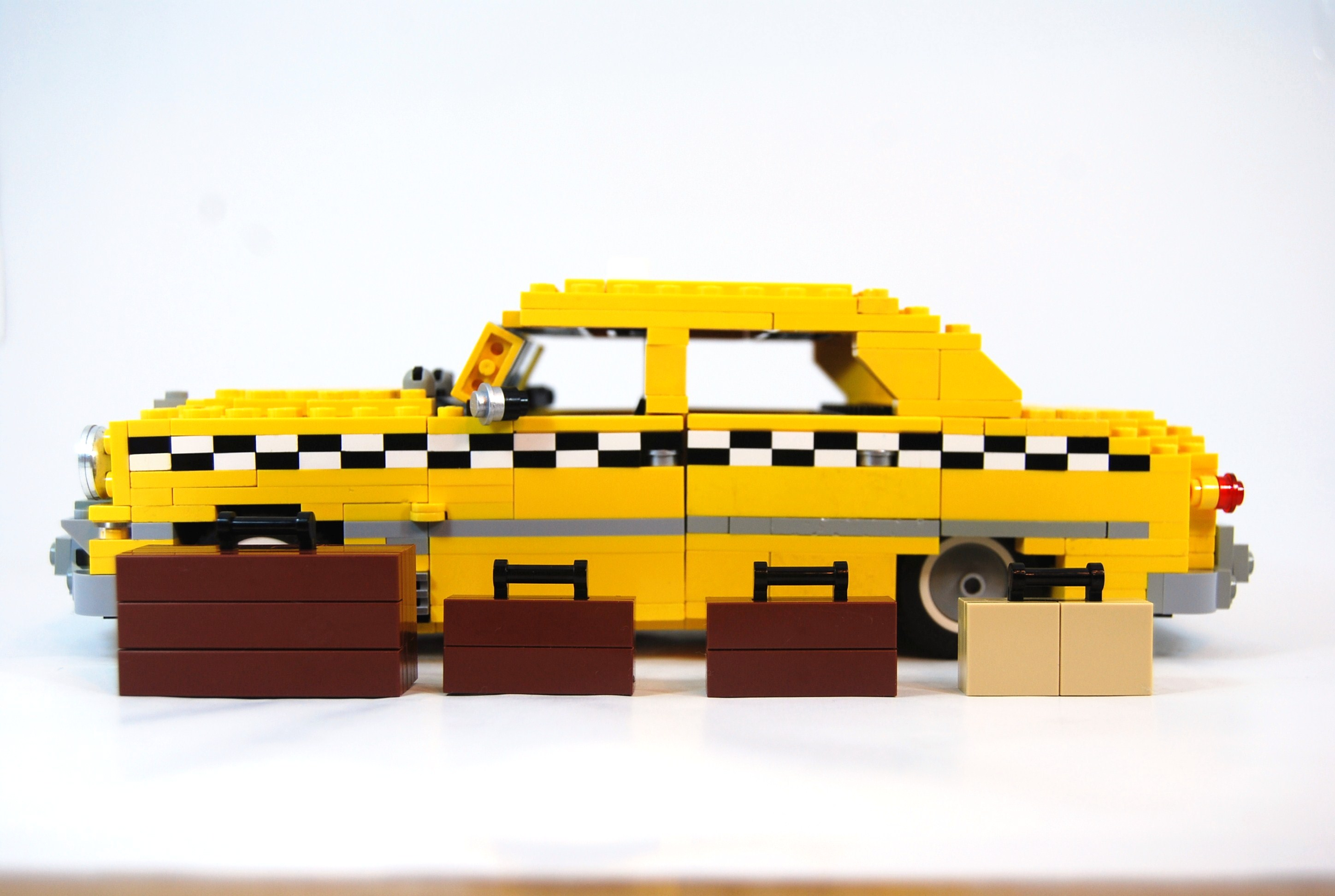 1949_ford_fordor_taxi_with_luggage_14.jpg