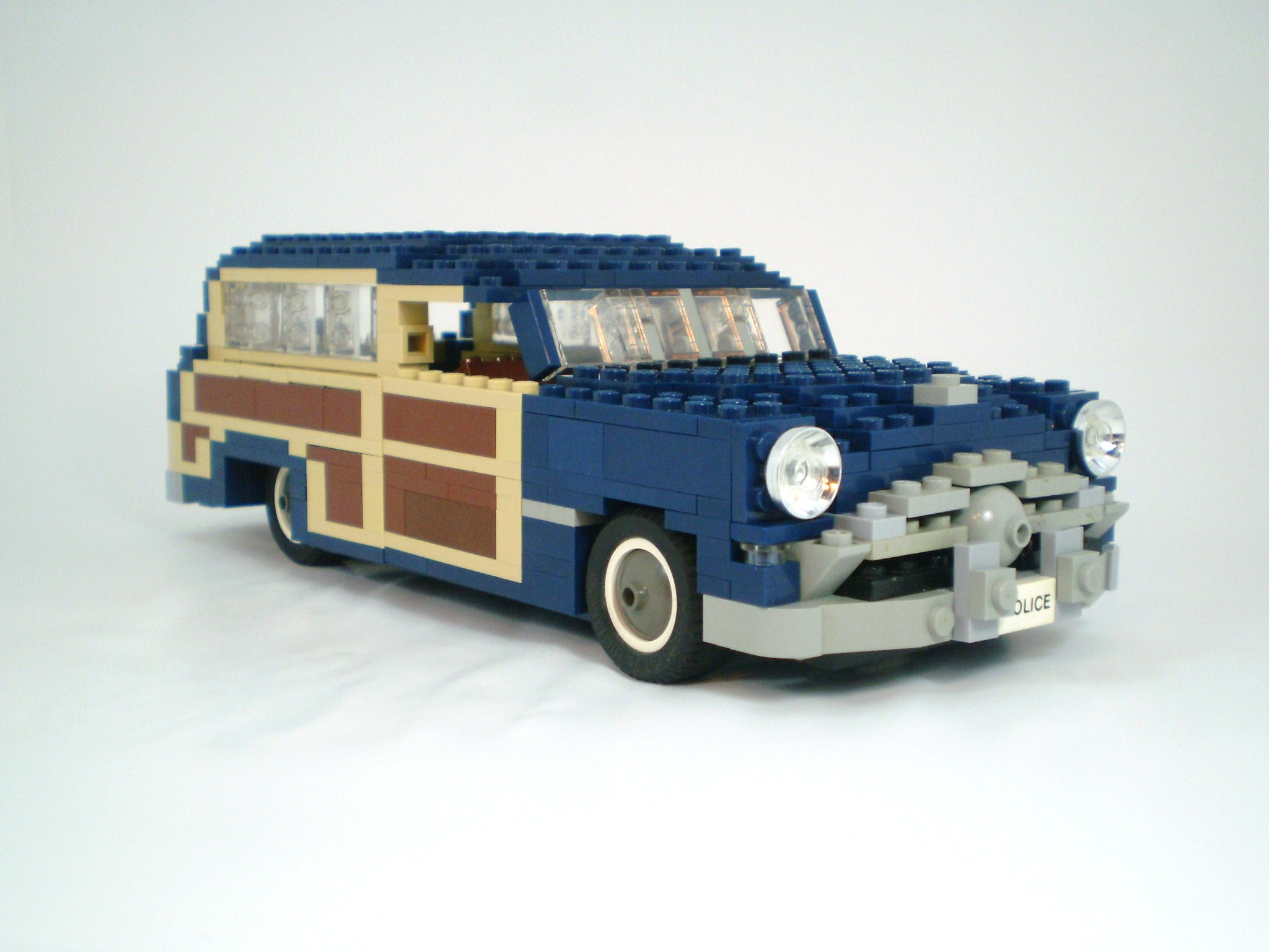 1949_ford_woody_wagon_08.jpg