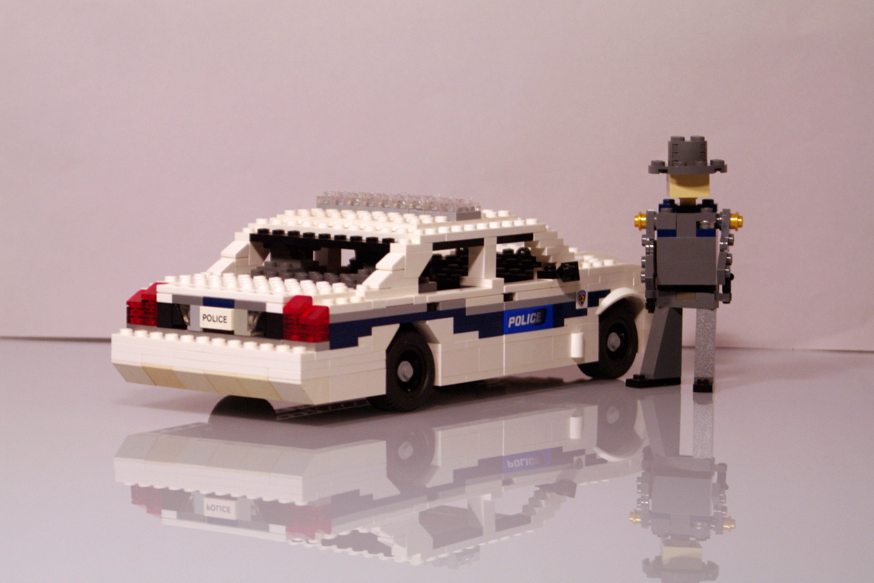 ford_crown_victoria_washington_police_13.jpg