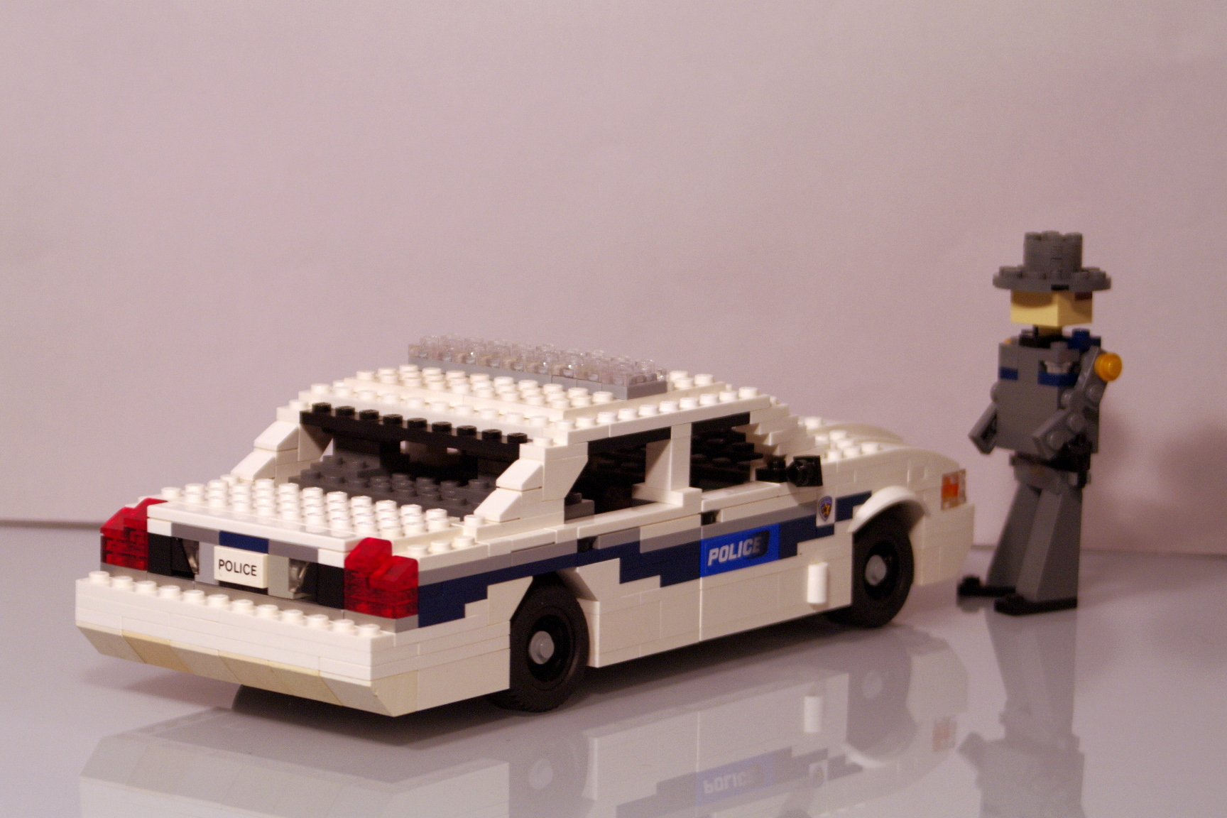 ford_crown_victoria_washington_police_15.jpg